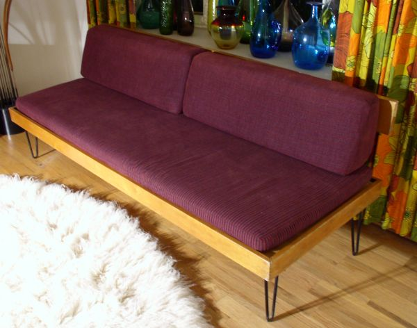 Vintage Nelson Style Daybed