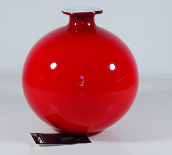 Carnaby Large Red ball vase