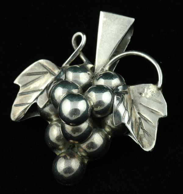 Taxco - Sterling Grape and Leaf Pin/Pendant